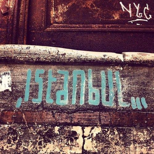 Istanbul Graffiti (via Sophie Bahar Kilic)      IleftmyheartinIstanbul.com