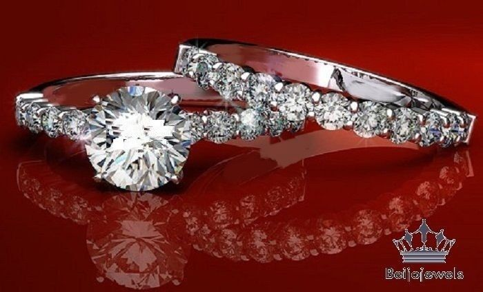 1.50Ct Round Diamond Solitaire Trio Set Engagement Ring 10k Yellow Gold Finish