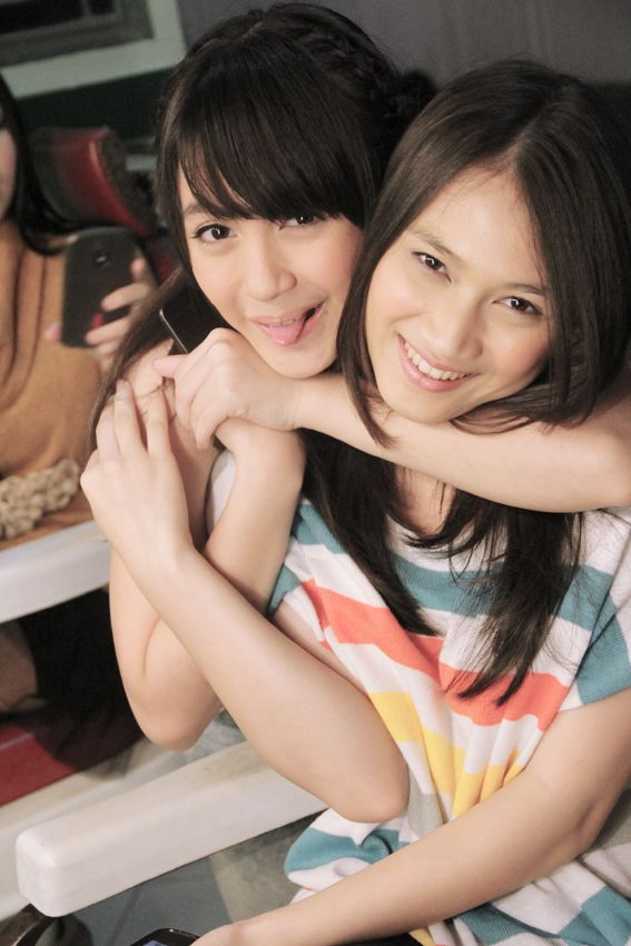 #melodijkt48 #hug #nabilahjkt48 #member #jkt48 #sister #group #of #akb48 #cute #2013 #asian #art #music #fashion #kawai #cute
