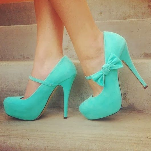 Green/blue shoes with bows