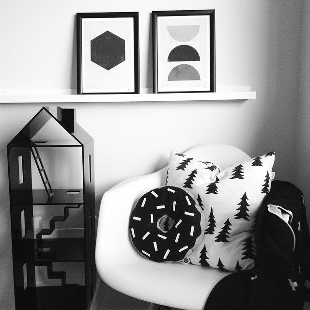 Monotone mood. It's good to start the day easy on the eye. Happy Queens Birthday NZ @cravehome are celebrating with 20% off online today using the coupon code Queenie at checkout so you can get your hands on some amazing products like a @mint_rhapsody Attic House, @strucklaandpeach donut cushion or @duettdesignnz prints #attichouse #dollshouse #scandinaviandecor #scandi #monotone #concrete #black&white #queensbirthday