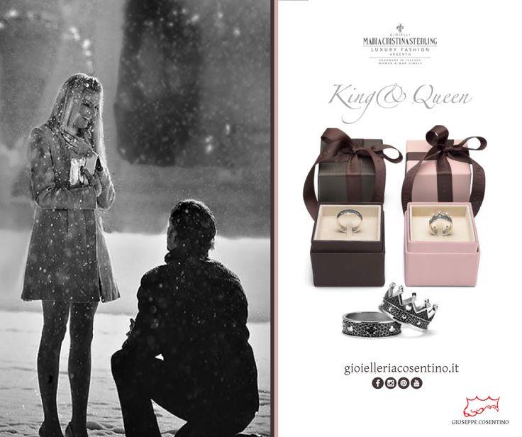MARIA CRISTINA STERLING   King&Queen Un gioiello in argento che rappresenta un forte simbolo di magnificenza, realizzato artigianalmente.  ▪ Disponibili presso Gioielleria Cosentino, Corso Manfredi 181   tel.0884 512858 FIND MORE > http://www.gioielleriacosentino.it/it/brands#gioielleriacosentino #mariacristinasterling #anelli #rings #love