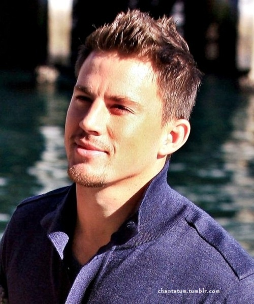Oh...lala...Channing Tatum...his face, his eyes, his smile...his body.... <3