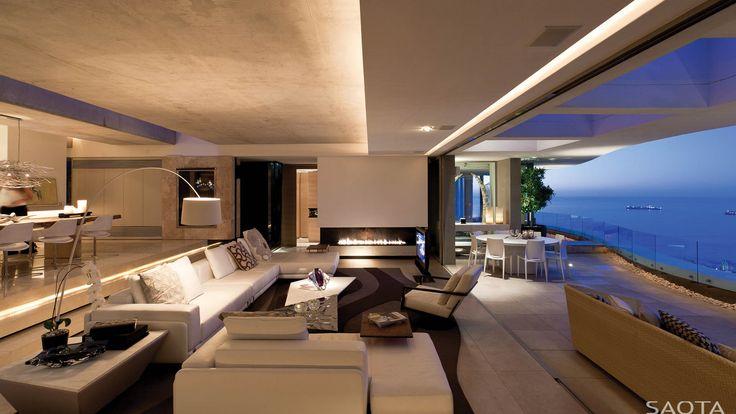 ZA LGV 5: A freeform sculptural design comprising 2 apartment homes. Cantilevered slabs reflecting the coastline float effortlessly.