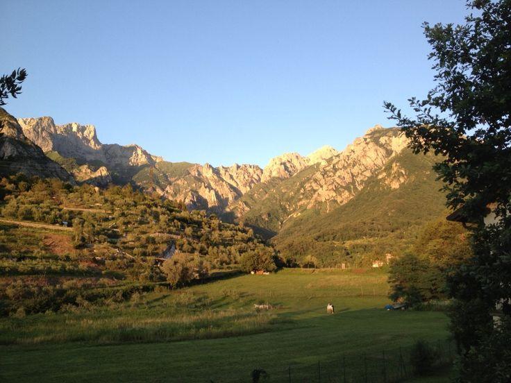 """Prà Bello di Somana - Mandello del Lario Luogo panoramico dominante """"....quel ramo del Lago ..."""" di Lecco (Como) e il Gruppo delle Grigne (Prealpi Orobiche)"""