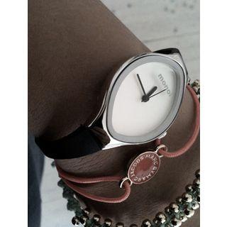 The Monol Slipp Watch - understated elegance!