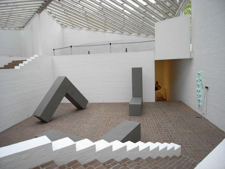グラスハウス(ガラスの家)   フィリップ・ジョンソンを訪ねて(アメリカ・ニューヨーク)No.21   Tabi/世界の建築   お知らせ   デザイナーズマンション,株式会社リネア建築企画