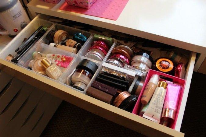 makeup storage containers | Makeup Storage Containers Ideas Amazing Makeup Collection and Storage ...
