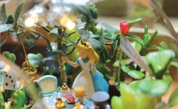 255 Best Alice In Wonderland Images On Pinterest Alice In Wonderland Etsy Jewelry And Alice