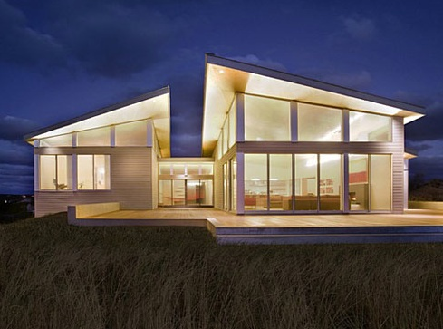 the truro residence is a custom home designed by boston based architecture and energy consulting firm zeroenergy design which focused on green modern home