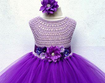 Marfil vestido de la muchacha de flor de lavanda por MimozaLuxury