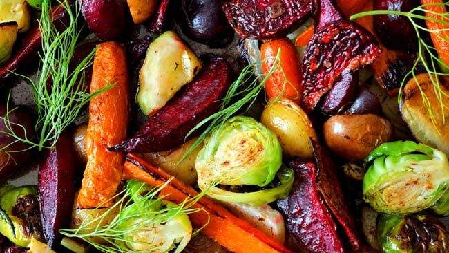 Reduce the risk of heart disease by going vegetarian or eating nuts, studies say