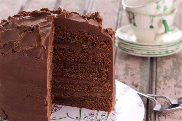 Torta de chocolate glaseada de Cefa - revistamaru.com