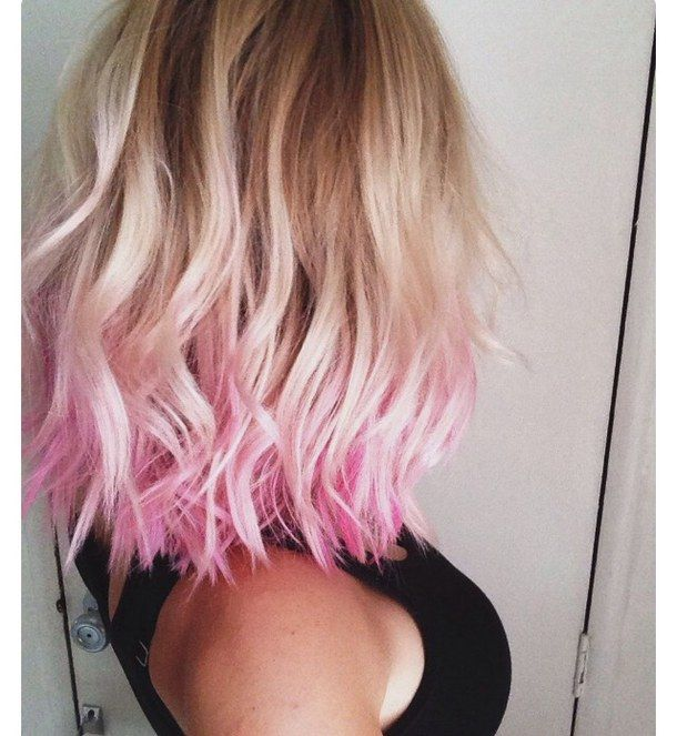 blonde, dyed tips, pink hair, short hair, wavy hair