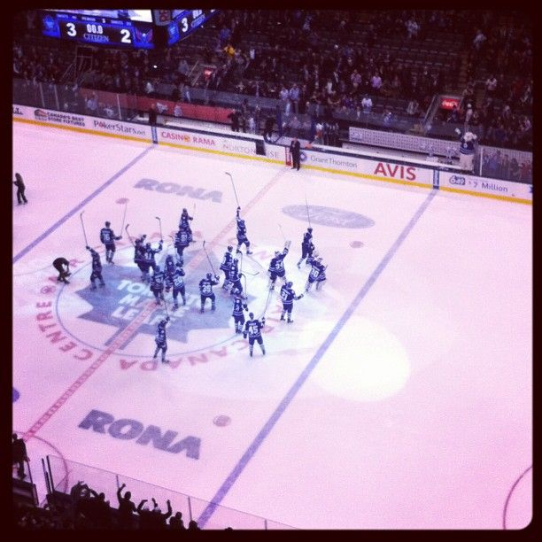 Leafs salute the crowd after their first home win of the season
