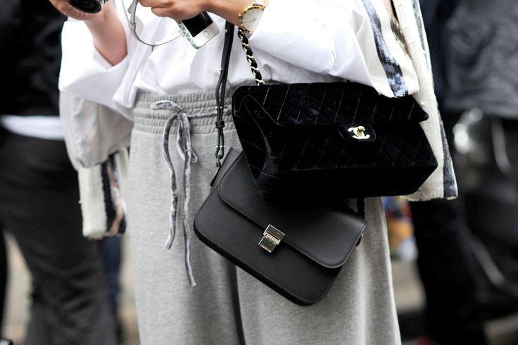 Nachdem die New York Fashion Week mit Marc Jacobs Cyber Rave Show zuende gegangen ist, zieht die Modemeute nun weiter ins verregnete London. Dort erwarten uns wie immer gewagte, extravagante Looks der besten Designnewcomer, die die Stadt zu bieten hat, wie zum Beispiel Ashley Williams, Shrimps,