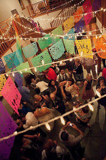 Ideas para fiestas mexicanas 16 de septiembre / Ideas originales / Decoración de eventos / Catering / Noche mexicana / Viva Mexico / Globos de Luz : www.globosdeluz.com
