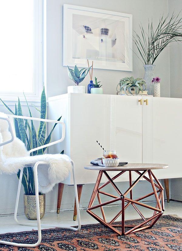 This DIY side table features an amazing sculptural himmeli base made from copper pipe. It's gorgeous! We have the step-by-step tutorial.