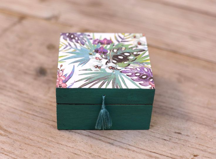 Handmade decoupaged wooden trinket / jewelry box - green floral tropical by Gurdey on Etsy