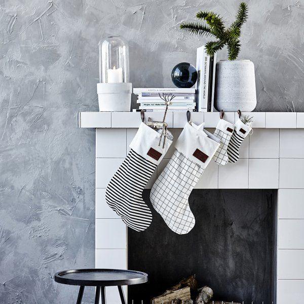 926 best images about christmas no l on pinterest. Black Bedroom Furniture Sets. Home Design Ideas