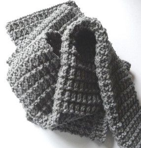Perfect Men's Scarf (free pattern). I made this and it turned out beautifully. Easy and impressive looking pattern.