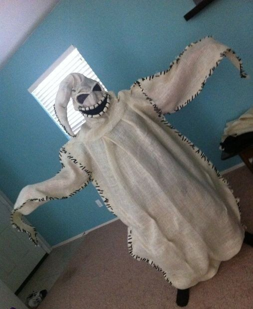 easy homemade Halloween costumes for adults spooky ghost