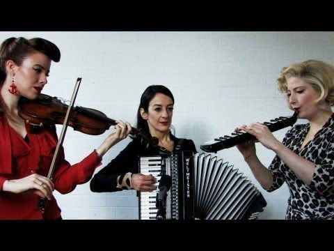The Puppini Sisters - Moon River - Secret Sessions