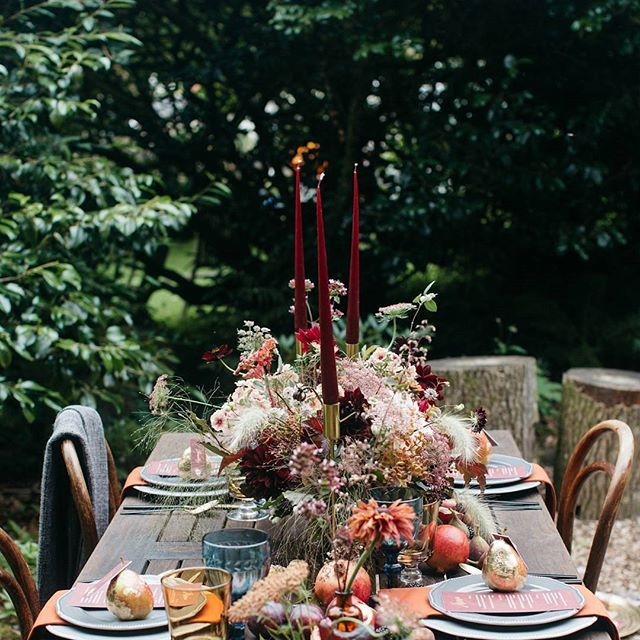 Following on from yesterday's post of our Opulent Winter wedding styling I thought I'd share another opulent tablescape I styled but with more of an outdoor feel. This table at @weddevon last year also had an opulent feel with an abundance of gorgeous flowers from @hollybee_flowers . I added lots of gold from candlesticks and gilded pears but against the rustic wood it gives it the perfect feel for outdoor barn or tipi weddings. ///// Photographer @barrow_emma  Chair hire…