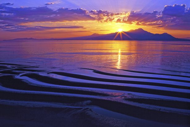 Okoshiki Beach / Kumamoto This beach was selected as one of the Best 100 Beaches in Japan. In Kumamoto prefecture, in Kyushu.