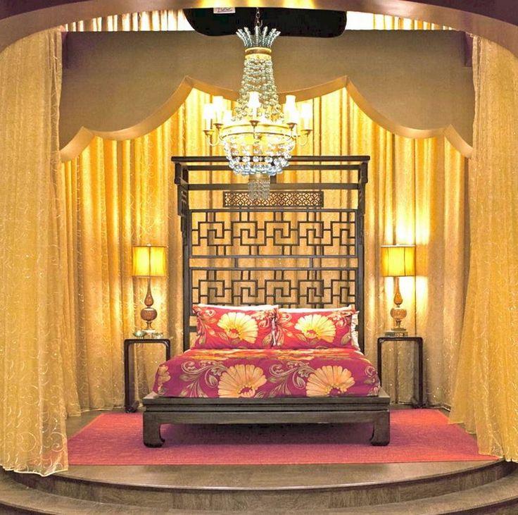 Schlafzimmer Inspiration True Blood Fernsehserie Gold Rot Einrichtung  #bedroom #ideas
