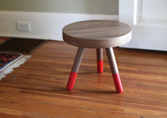 Hey, I found this really awesome Etsy listing at http://www.etsy.com/ru/listing/155056994/campfire-stool