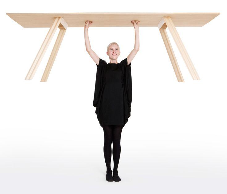 Ripple Table / Benjamin Hubert