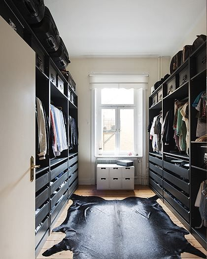 closet w/o that rug, maybe carpet. Okay with it being more narrow