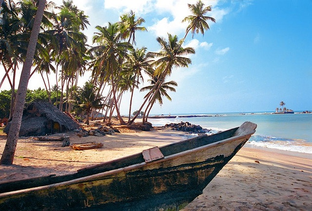 Bentota (Sri Lanka). http://www.lonelyplanet.com/sri-lanka/west-coast/aluthgama-bentota-and-induruwa