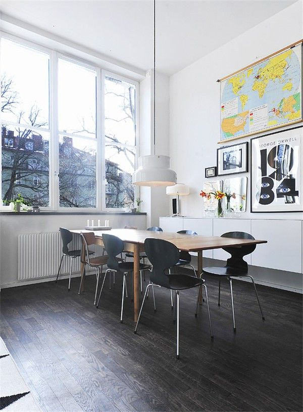 //Kitchens, Dining Room, Maps, Dark Wood Floors, Interiors, Diningroom, Black White, Arne Jacobsen, Vintage Inspiration