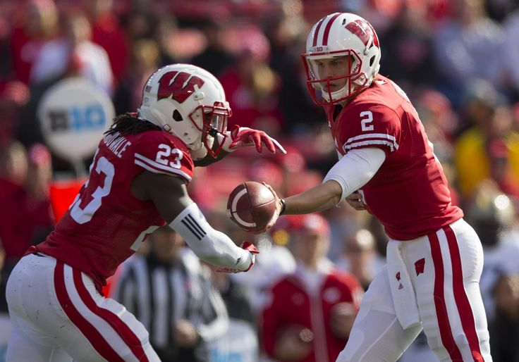 Football - Wisconsin Athletics