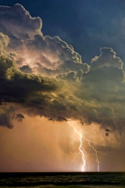 Best Stars Skies Clouds Images On Pinterest Clouds - Amazing footage captures a lightning storm inside volcanic ash plume