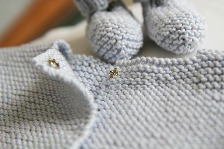 les tricots de Granny- Brassiere naissance chaussons