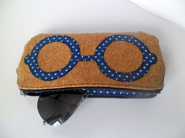 This case provides you the best way to store all your glasses. by homeworkart on Etsy https://www.etsy.com/your/shops/homeworkart