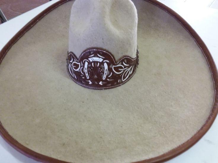 Sombrero Charro de Lana. Color Beich.Charro Hats 57 mex