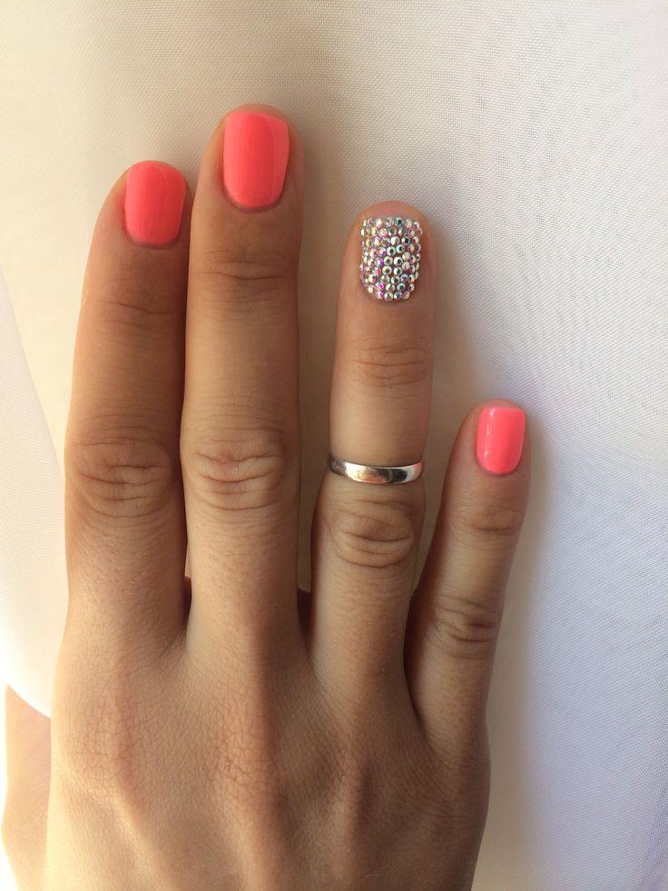 #Coral & #Swarovski #nailart