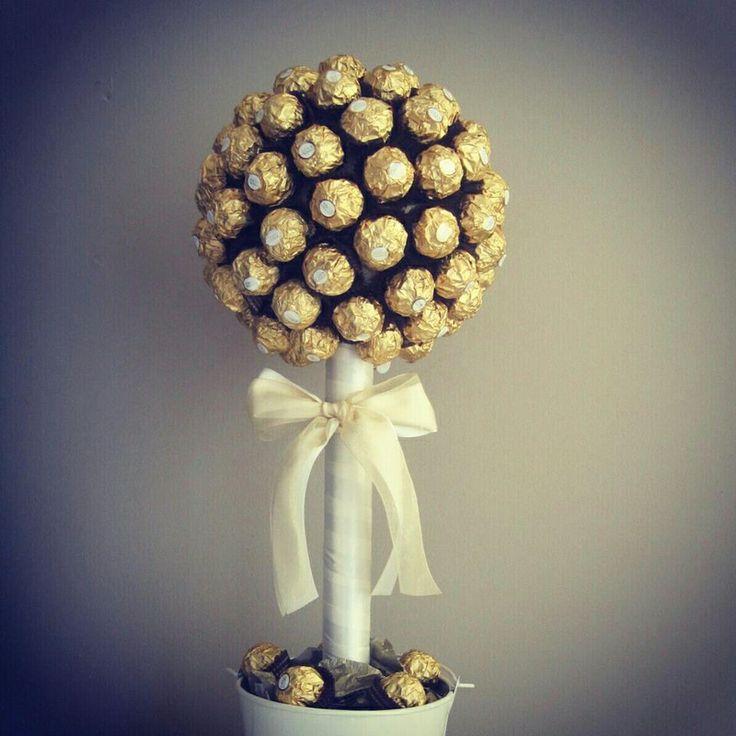 Sweet Trees  Bride2B  Ferraro Rocher  Christmas