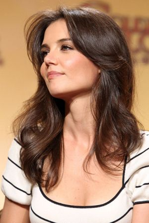 Katie Holmes Wavy Hair