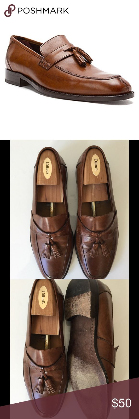 Johnston and Murphy Men's Tassel Style Dress Shoe Johnson and Murphy Men's Tassel Style Dress Shoe. Size is 11 medium and color is brown. These shoes are from my personal closet and are in really good condition. Pet free smoke free home. Next day shipping. Johnston & Murphy Shoes Loafers & Slip-Ons