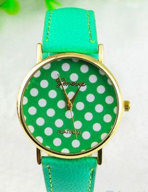 Green polka dot watch http://www.peachiecream.co.uk/#!watches/cybi