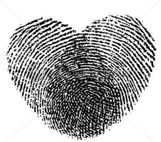 Coração e impressão digital