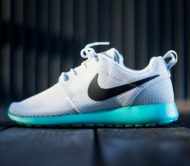 nike roshe run with air