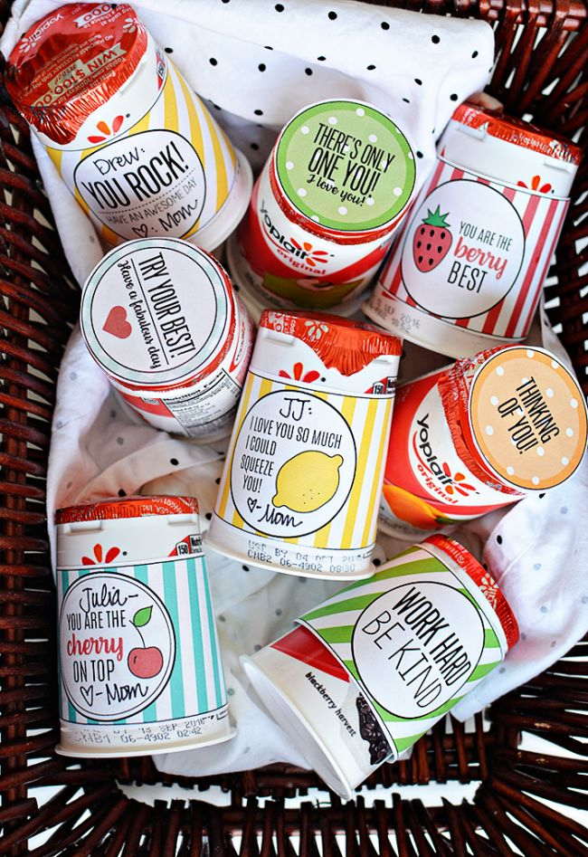 Your kids will feel the love with these cute back to school lunchbox notes! Free…