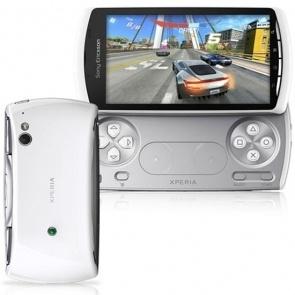 Sony Ericsson Xperia R800 Play White