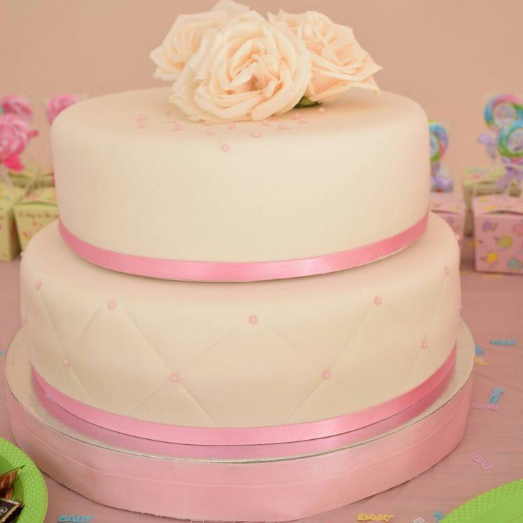 Torta Baby Shower niña Diseño en Fondant
